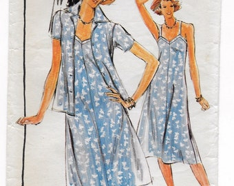 "A Fit 'n Flared Sleeveless, V-Neckline Dress and Semi-Fitted Short Sleeve Jacket Pattern for Women: Size 8, Bust 31-1/2"" • Butterick 5317"