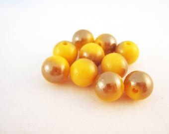PAC19 - 20 beads yellow tonal
