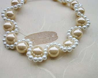 Mother of the bride jewelry, Gold and whit pearls Bracelet, Bridesmaid Gift, Sterling Silver, Wedding pearl bracelet, Bridal bracelet,