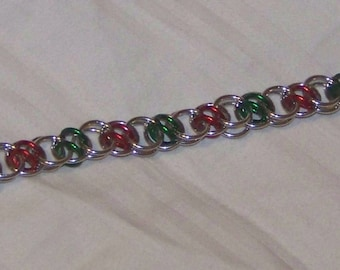 Acute Helm Chainmaille Bracelet