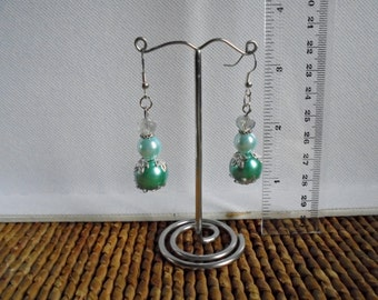 Mint green dangling crystal earrings. Green bling earrings. Glass pearl and Czech crystal dangling earrings for pierced ears. Gift Idea.
