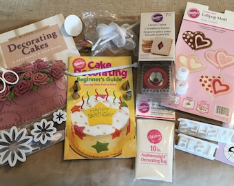 Wilton Cake Decorating KIT, over 30 Pieces for Cake Decorating Wedding Cake New Baby Shower Graduation Mother's Day