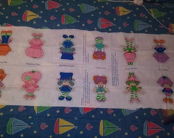 6 mini Strawberry Shortcake dolls