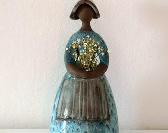 Vintage Swedish Flower Girl Figurine from JIE Gantofta - Designer Elsi Bourelius