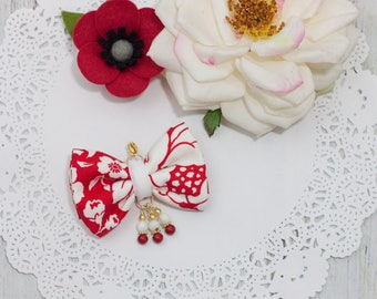 Dainty Bow Planner Charm in Red Floral