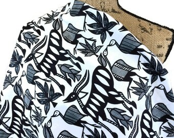 African Fabric--African Print--Black & White Wildlife Print--Black White Animal Print--African KORHOGO Style-African Fabric by the HALF YARD