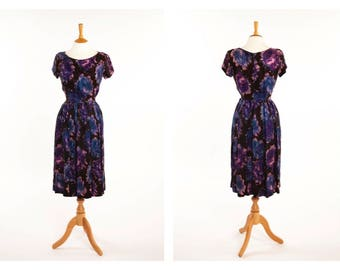 Original Vintage 1940s 50s Floral Rayon Dress with Blue and Purple Watercolour Flowers UK 10 Small