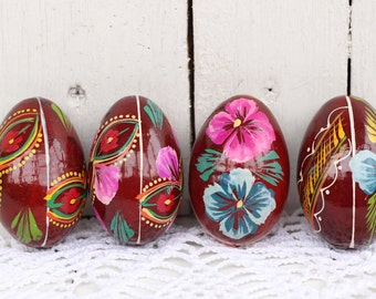 Wooden Easter eggs with a plate Ukraine egg gift Pysanka wood egg Rare eggs Folk art egg Ukrainian souvenir Easter ornament Antique easter15
