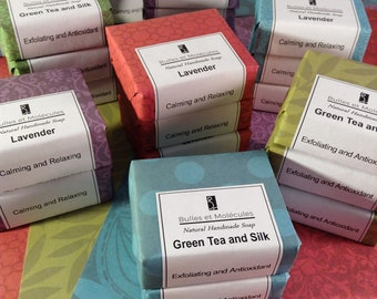 25 Soap Favors - Wedding Favors - Small 2oz soap - Handmade Soap - All Natural Cold Process Soaps - Choose 25 soaps + Personnalized Labels