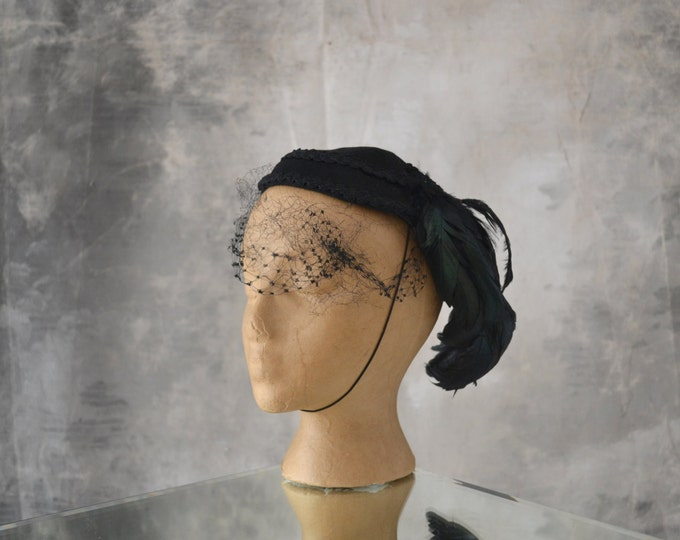 1950s Hat with Iridescent Feather
