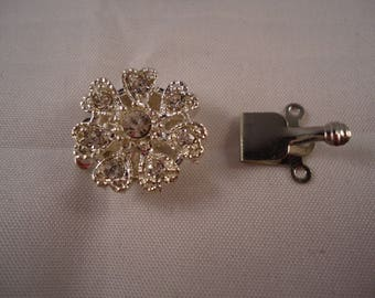 Silver MULTISTRAND 7 petal flower and rhinestone clasp