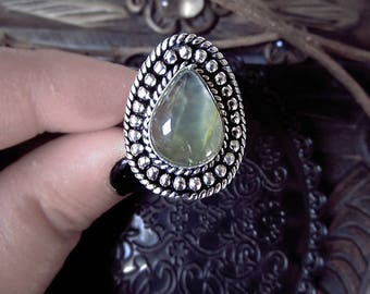 Prehnite Ring, Silver Plated Ring, US size 9 Ring, Witchy Ring, Antique Look Ring