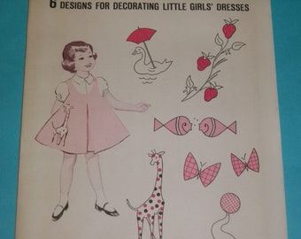 Singer 6 Appliques for Little Girls Dresses 1960  / UNCUT