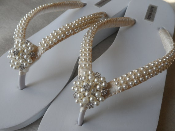 998fb04546c2 ... Flip Flops Pearls Flip Bridal Shoes Sandals Bridesmaids Wedge Wedding  Pearls Ivory Rhineston Sandals Flops qtBxEU5wE ...
