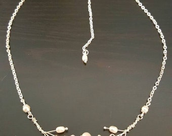 Tree branch pearl necklace