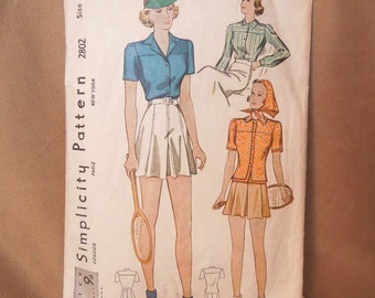 Vintage 40's Sewing Pattern, Simplicity Pattern 2802, Vintage Size 16,  Shorts and Tops