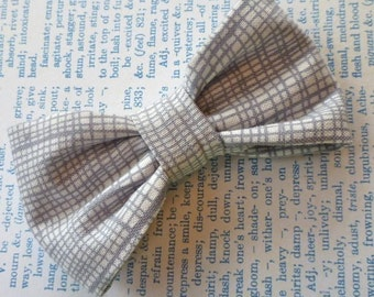 Bowtie in steel gray - self tying, pre-tied adjustable strap or clip on