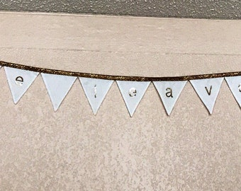 Please leave by 9 bunting banner