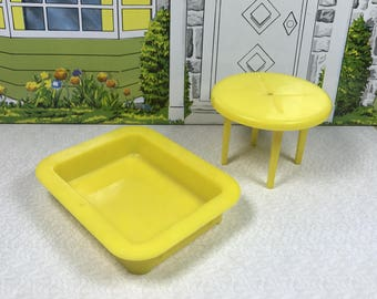 "MARX SAND BOX and Patio Table, Hard Plastic, 3/4"" Scale for ""Marxie Mansion"", 1950's, Vintage Tin Dollhouse Outdoor Furniture"