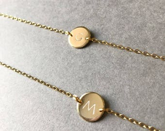 Gold Circle 12mm Disc Bracelet/Initial Bracelet/Charm Bracelet/Personalized Jewelry/Bridesmaid Wedding Party Gift- enniedesign