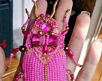 handmade brooch pink beads brooch beetle accessories jewerly bijouterie viktoriabeads