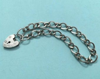 Silver Charm Bracelet with Heart Padlock, 11.6 g - Ready to Fill with Vintage Charms!