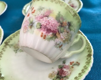 Edwardian- Set of 4 demitasse / coffee cups and saucers