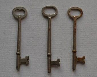 Set of 3 Original Vintage Salvaged Industrial Silver Skeleton Keys