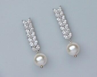 Bridal earrings, Pearl & Crystal Bridal Earrings, Swarovski Pearl Drop Earrings, Crystal Wedding Earrings, Bridal Jewelry, VINA