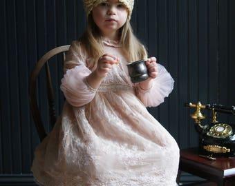Little Girls Cloche, Vintage Style, Flower Girl Hat
