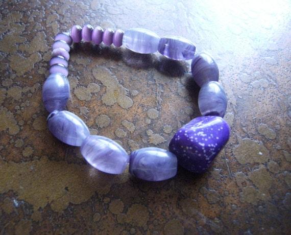 Royal Glass Cats Eye and Howlite Beaded Stretch bracelet