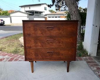 Au milieu du siècle moderne 3 tiroirs commode/Media Support/changement de Table (Los Angeles)