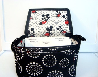 Super Large 6 inch Depth Fabric Coupon Organizer with  ZIPPER CLOSER   Dotted Circles with Mickey Lining