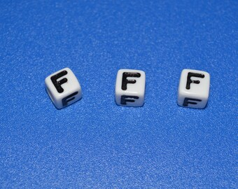 18 beads letter 'F' 7 mm acrylic cube