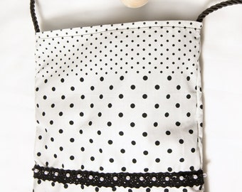 "The small bag ""minimum"" polka dots, reminiscent of the years 50, for Mother's Day, for grandma, aunt and for me"