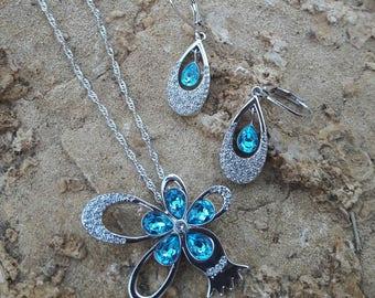 Pomegranate Necklace and Earring Set - Swarovski Aquamarine