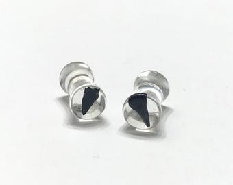 5mm (4g) Shark Tooth Collection - Shark Tooth Plugs - Double Flare - Gauges - Resin Jewelry