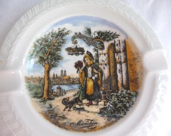 Vintage Ash Tray, Souvenir Plate, Munchen, Germany, Vintage Dish, Handarbeit, Shallow Dish, Change Dish, Girl, Dog, KUHR,Vintage Collectible