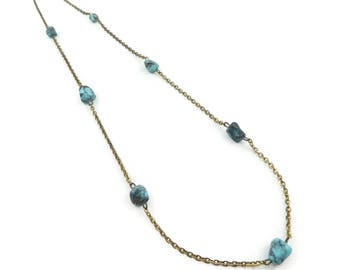 Vintage Turquoise Stone Necklace, Gold Tone Chain, STX82