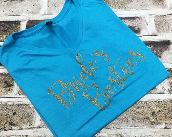 CLEARANCE, LARGE, Bride's Besties, Bridal Party Shirts, Glitter, Bachelorette Party Shirts, Bridal Party Shirt