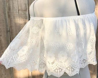 Floral Boho Lace Crop off the shoulder top with bell sleeves, Gypsy Coachella Festival top, hippy Flower child crop blouse,Bridal lace crop