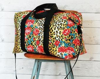 Emblem Duffle Bag PDF sewing pattern