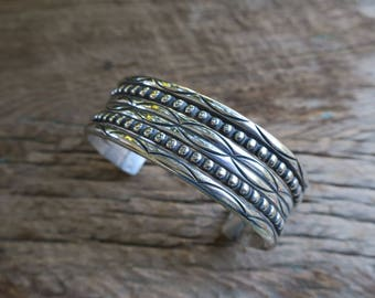 Vintage Stamped Sterling Cuff. Native American Vintage Sterling Silver Cuff. Boho Bohemian Women's Jewelry. E0009