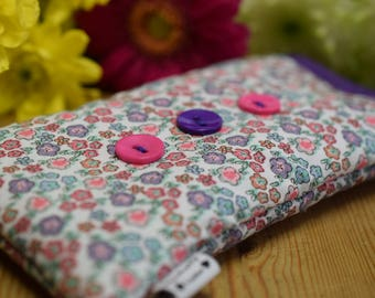 Pink DitsyFlowers Print Apple iPod Sock - Various Sizes for all Models