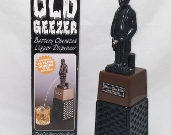 OLD GEEZER Vintage Battery Operated 16 oz Liquor Dispenser - whiskey decanter, tequila decanter, scotch decanter, vodka decanter - WORKS!
