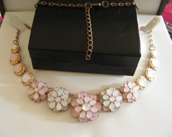 Beautiful Vintage Necklace With Stunning Stones