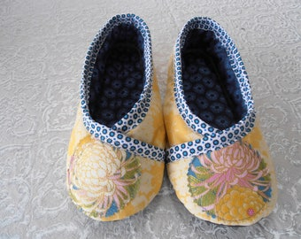 SLIPPERS T37/38 yellow sales!