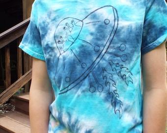 Kids Alien Shirt, Custom Tie Dye Kids Alien T-shirt, Spaceship Shirt, UFO Shirt, Space ship, ET Shirt Extra terrestrial, Space Birthday Gift