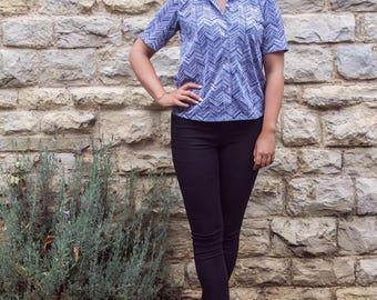 Vintage navy/white patterned blouse