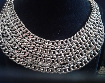 Dramatic Sixties Goldtone Chain Collar Necklace